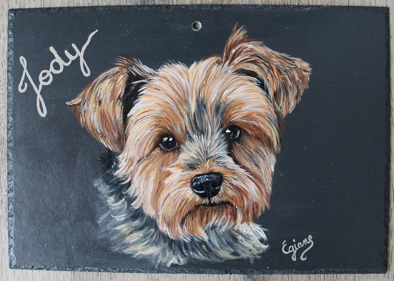 Jody, Yorkshire terrier peinture acrylique sur ardoise